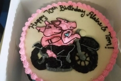 pigs on motorcycle cake