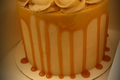 caramel drizzle layer cake