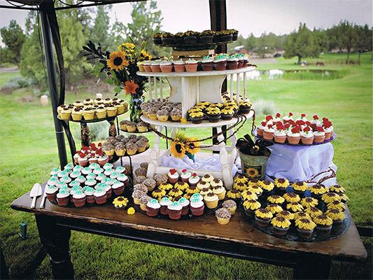Central Oregon Summer Wedding.